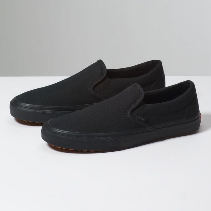 TÊNIS CLASSIC SLIP-ON UC MADE FOR THE MA